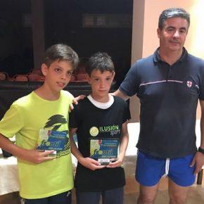 Coronados en el Club de Tenis Frontil los campeones granadinos de menores y veteranos