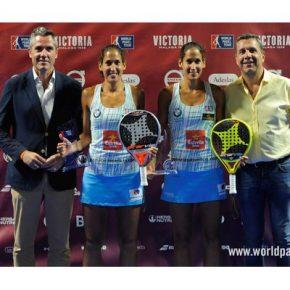 Las gemelas Sánchez Alayeto conquistan en Mijas el cuarto título de la temporada